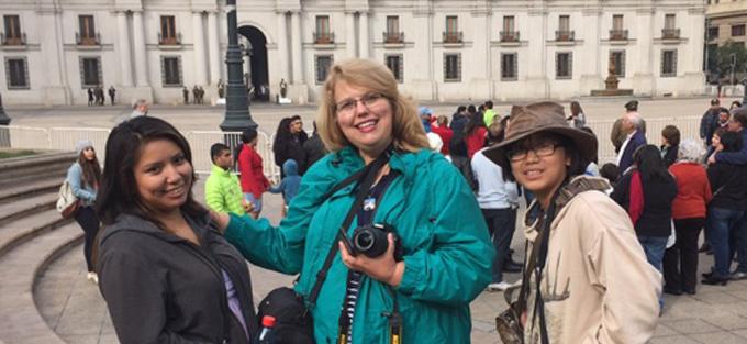Sister Cities Begins: School Exchange Between Neighbors of ALMA in Chile and the VLA in the U.S.