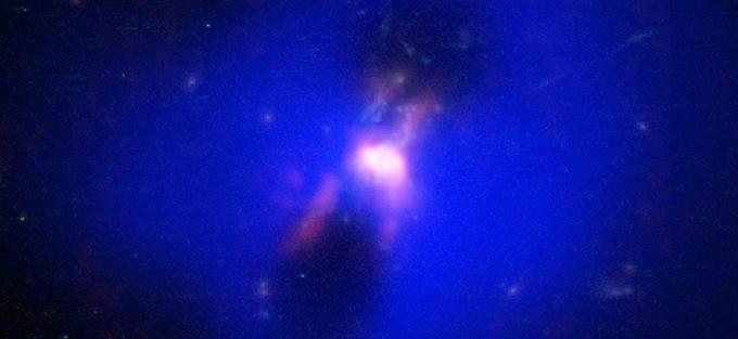Chorros de agujero negro son combustible para formación estelar