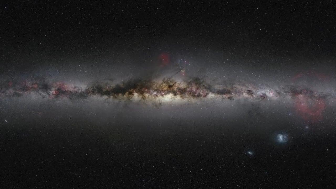 Acercándonos a la galaxia activa distante PKS 1830-211