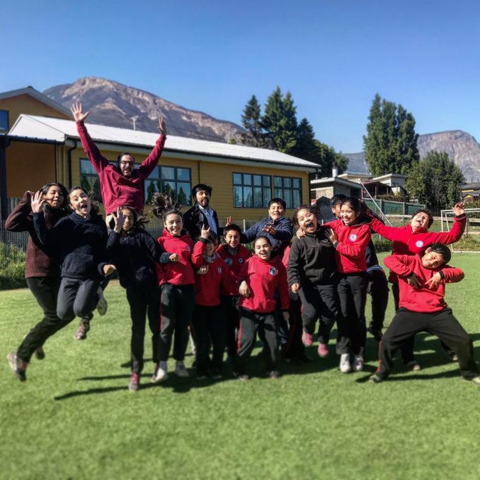 Fifth Grades of the Unión Fraterna de Coyhaique School. Credit: Nicolás Lira - ALMA (NRAO/NAOJ/ESO)