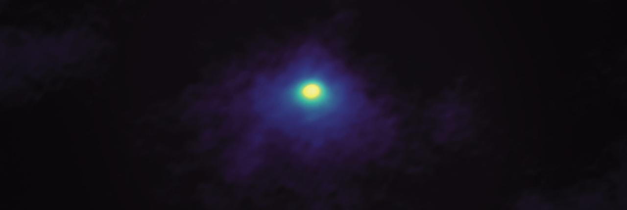 ALMA obtiene imagen detallada de cometa navideño